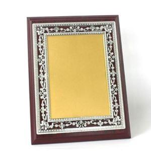Снимка от Дървен плакет с рамка и златно-сребърно фолио - 24x31 см.